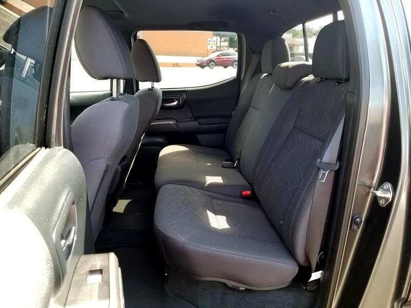 2016 Toyota Tacoma 4WD Double Cab LB V6 AT TRD Off Road (Natl)
