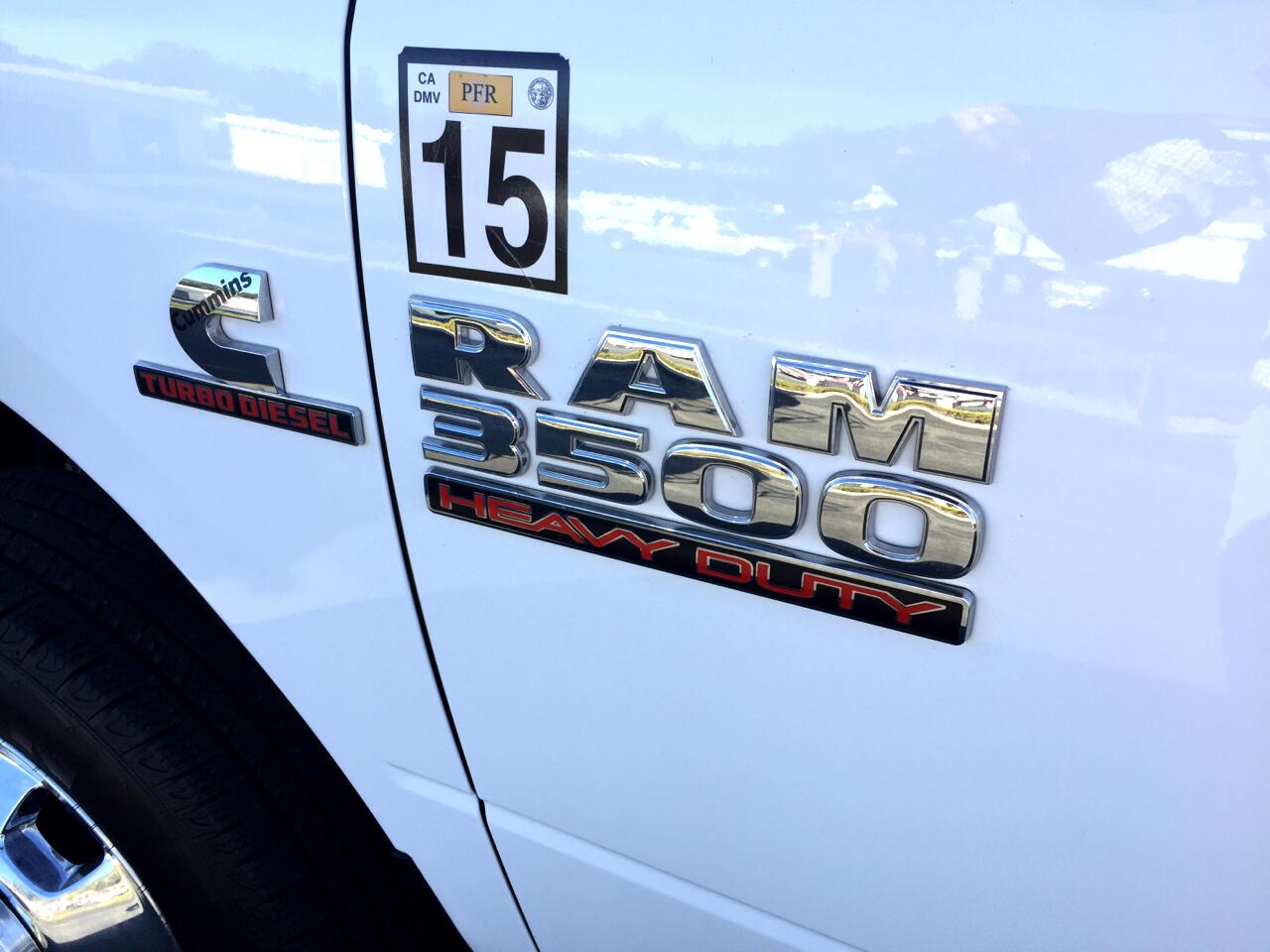 2018 RAM 3500 SLT 4x4 Crew Cab 8' Box