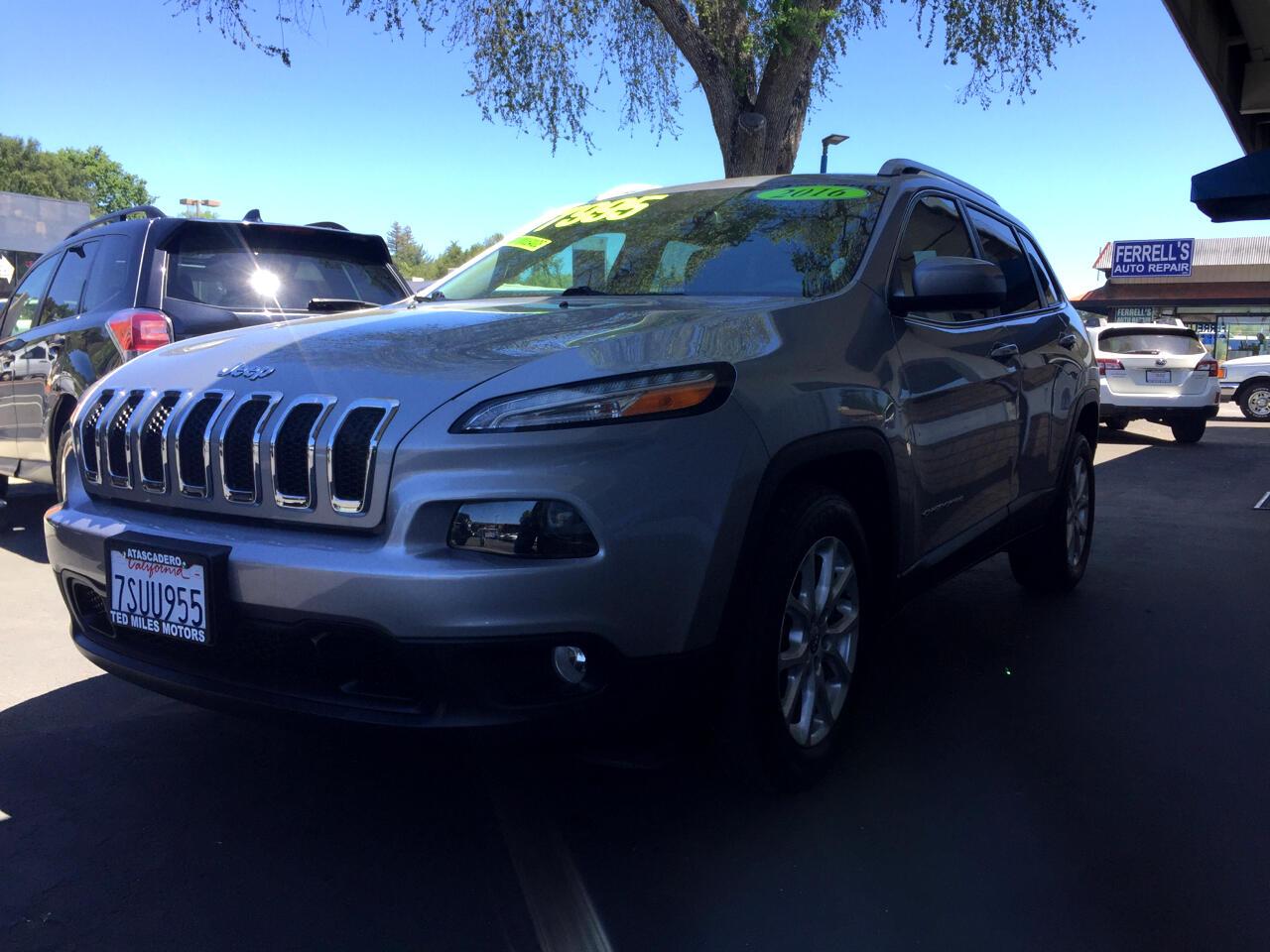 Jeep Cherokee FWD 4dr Latitude 2016