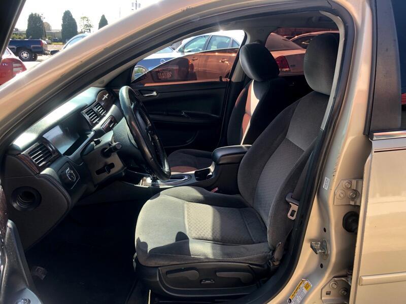 Chevrolet Impala LT (Fleet) 2012