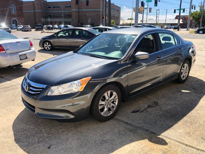 Honda Accord LX-P Sedan AT 2012