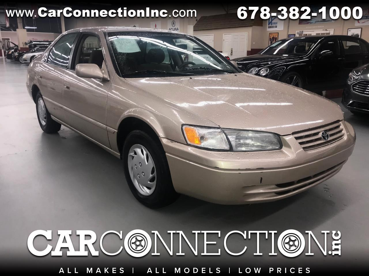 Toyota Camry LE 1997