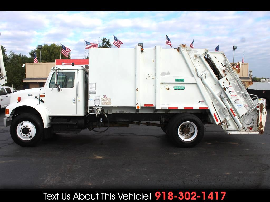 2001 International 4700 Standard Cab Garbage Truck