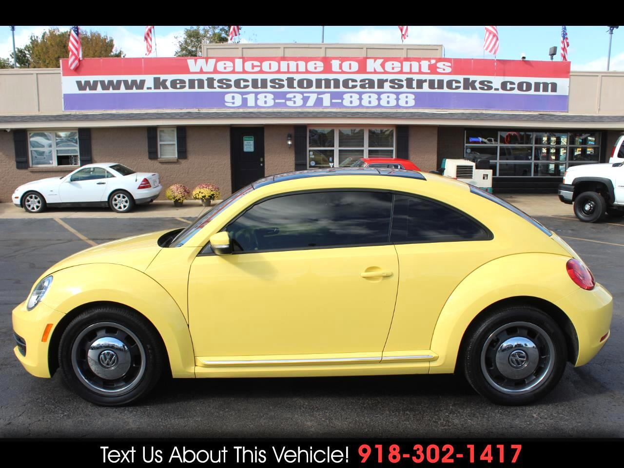 2012 Volkswagen Beetle 2.5L 2dr Coupe 6A w/Sunroof