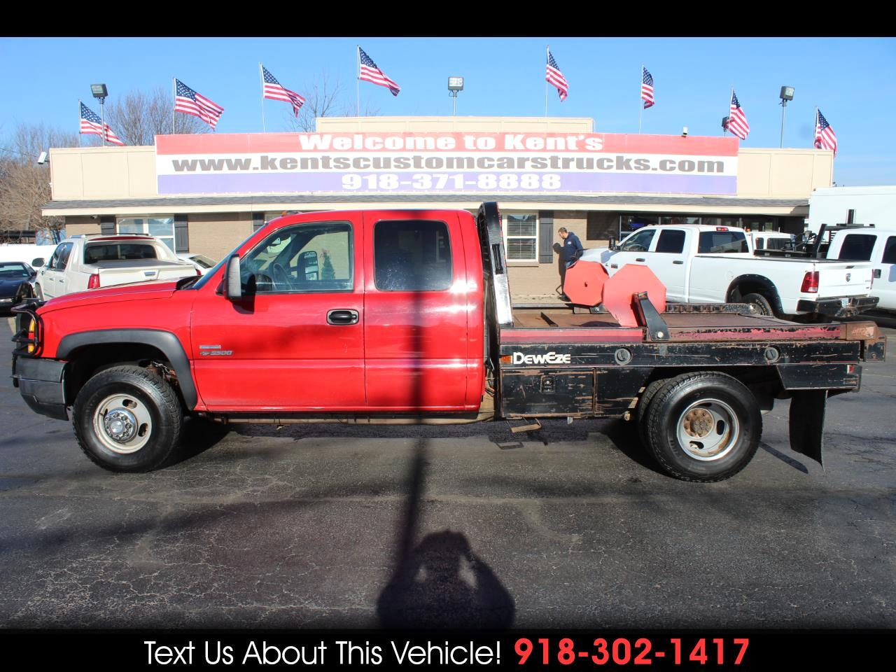 2007 Chevrolet Silverado Classic 3500 LT1 Extended Cab 4WD DRW Bale Bed