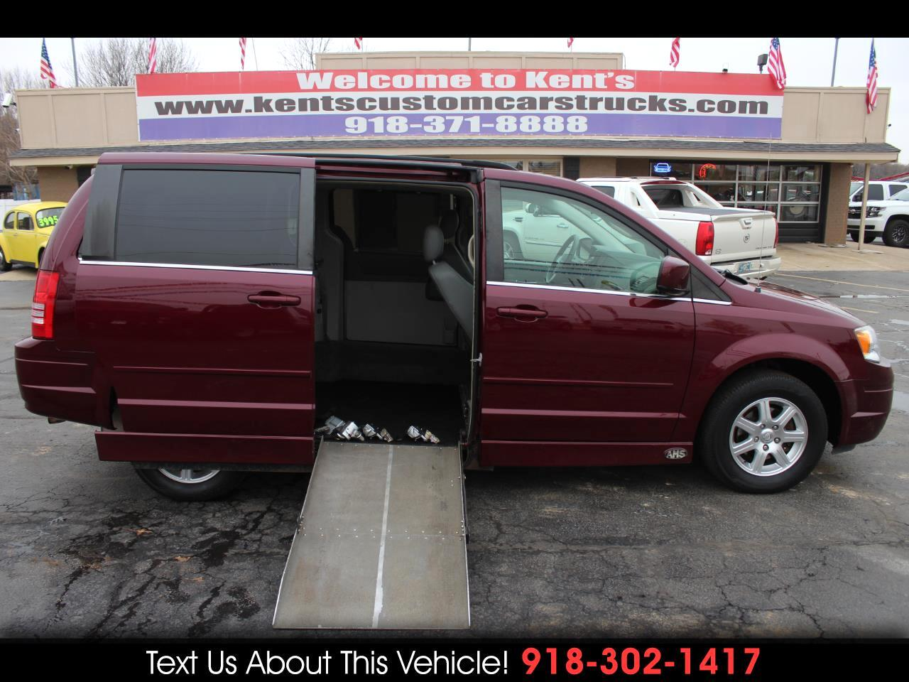 2008 Chrysler Town & Country Touring Wheelchair Accessible Mini-Van