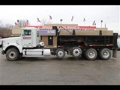 2010 Freightliner FLD120