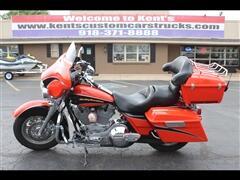 2004 Harley-Davidson FLHTCSE