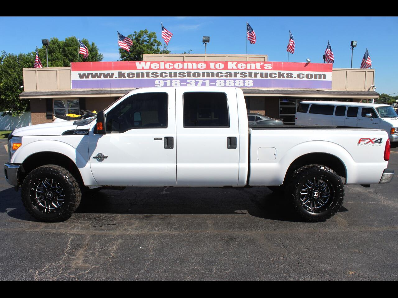 2015 Ford F-250 SD XLT 4dr Crew Cab FX4 4WD 6.8 ft. Short Bed
