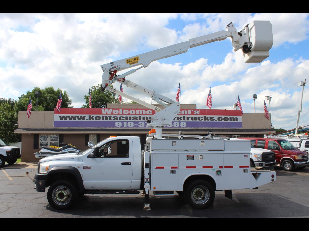 2008 Dodge Ram 5500 Regular Cab 4WD Bucket Truck