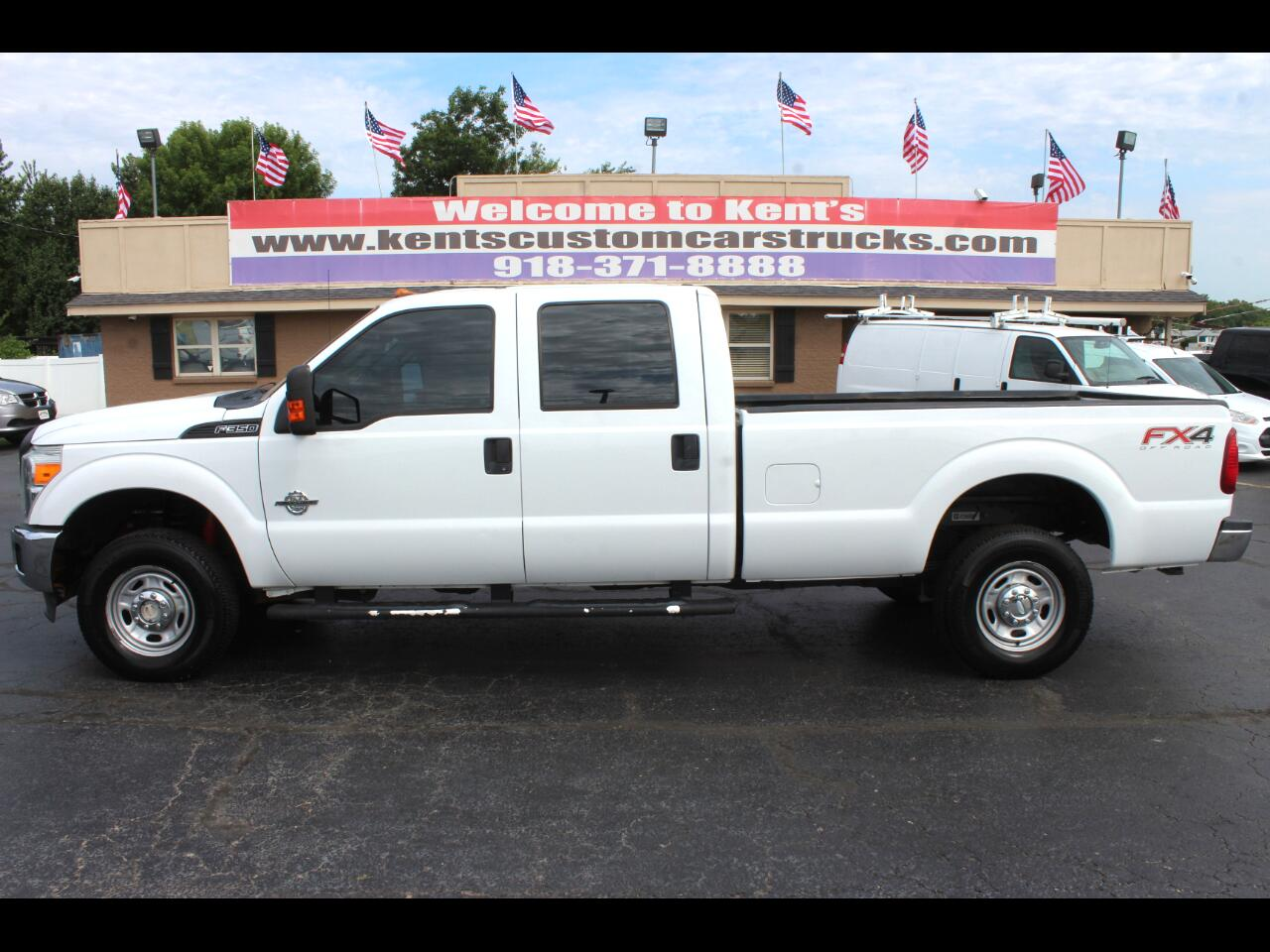 2012 Ford F-350 SD XL Crew Cab 4WD SRW 8 ft. Long Bed