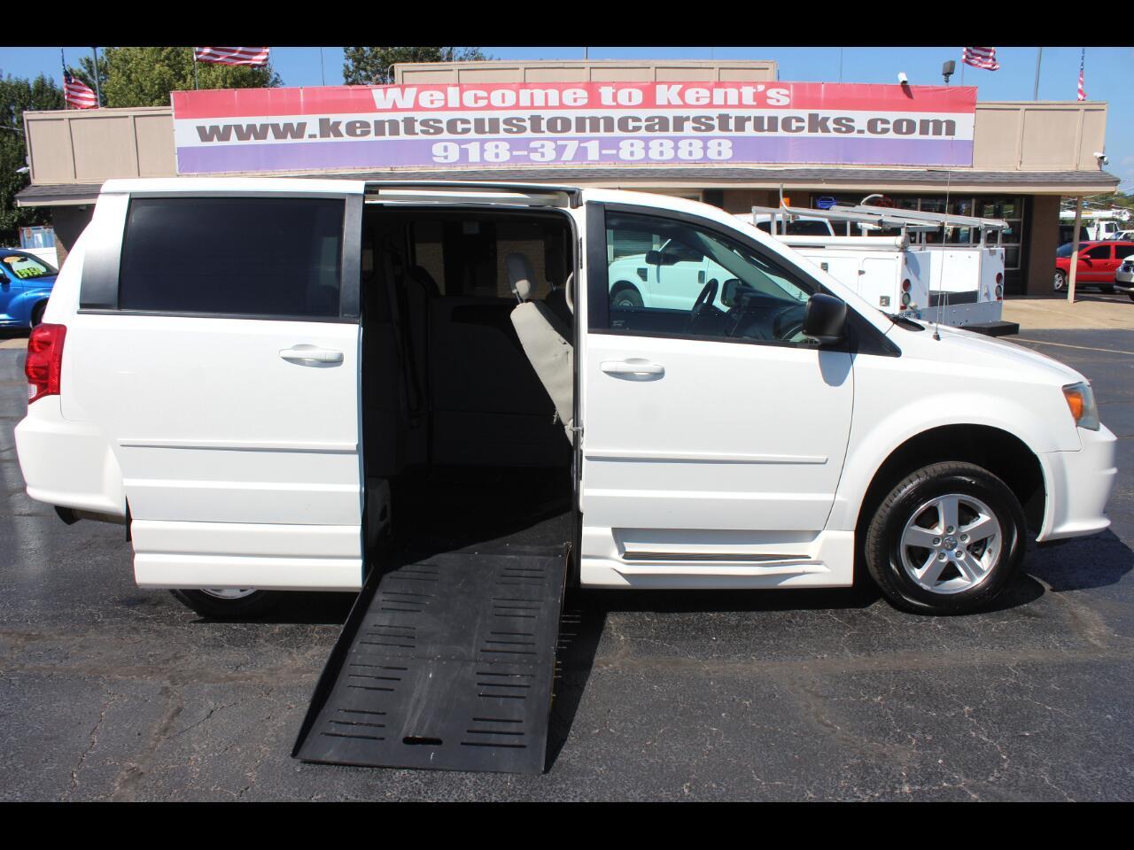 2012 Dodge Grand Caravan SE with BraunAbility Conversion