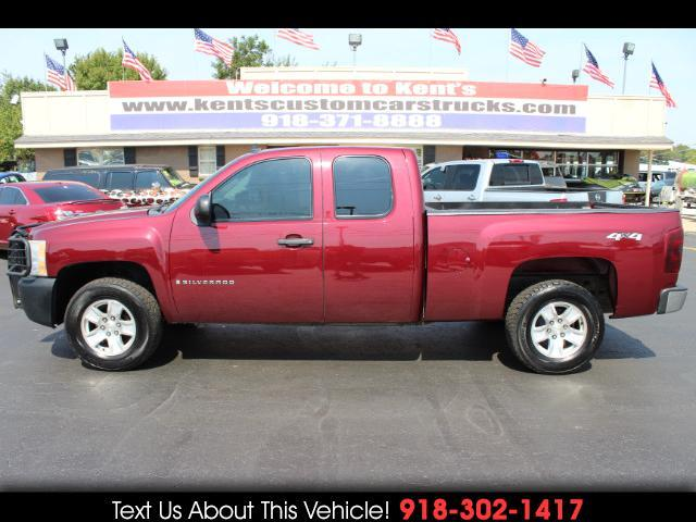 2009 Chevrolet Silverado 1500 Work Truck Ext. Cab Short Bed 4WD