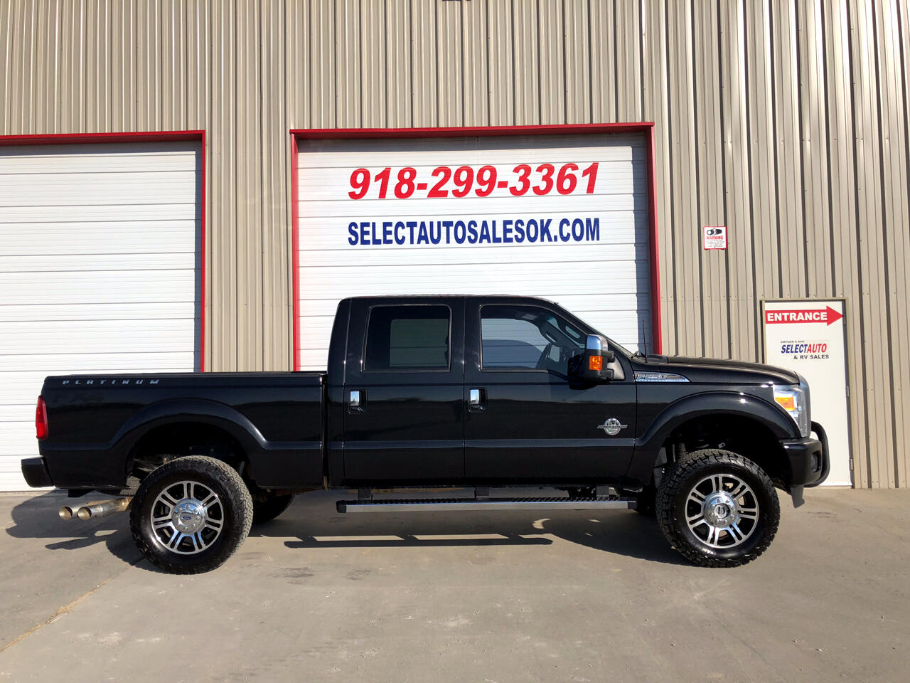 "2015 Ford Super Duty F-250 SRW 4WD Crew Cab 156"" Platinum"