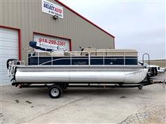 2014 Lowe Pontoon