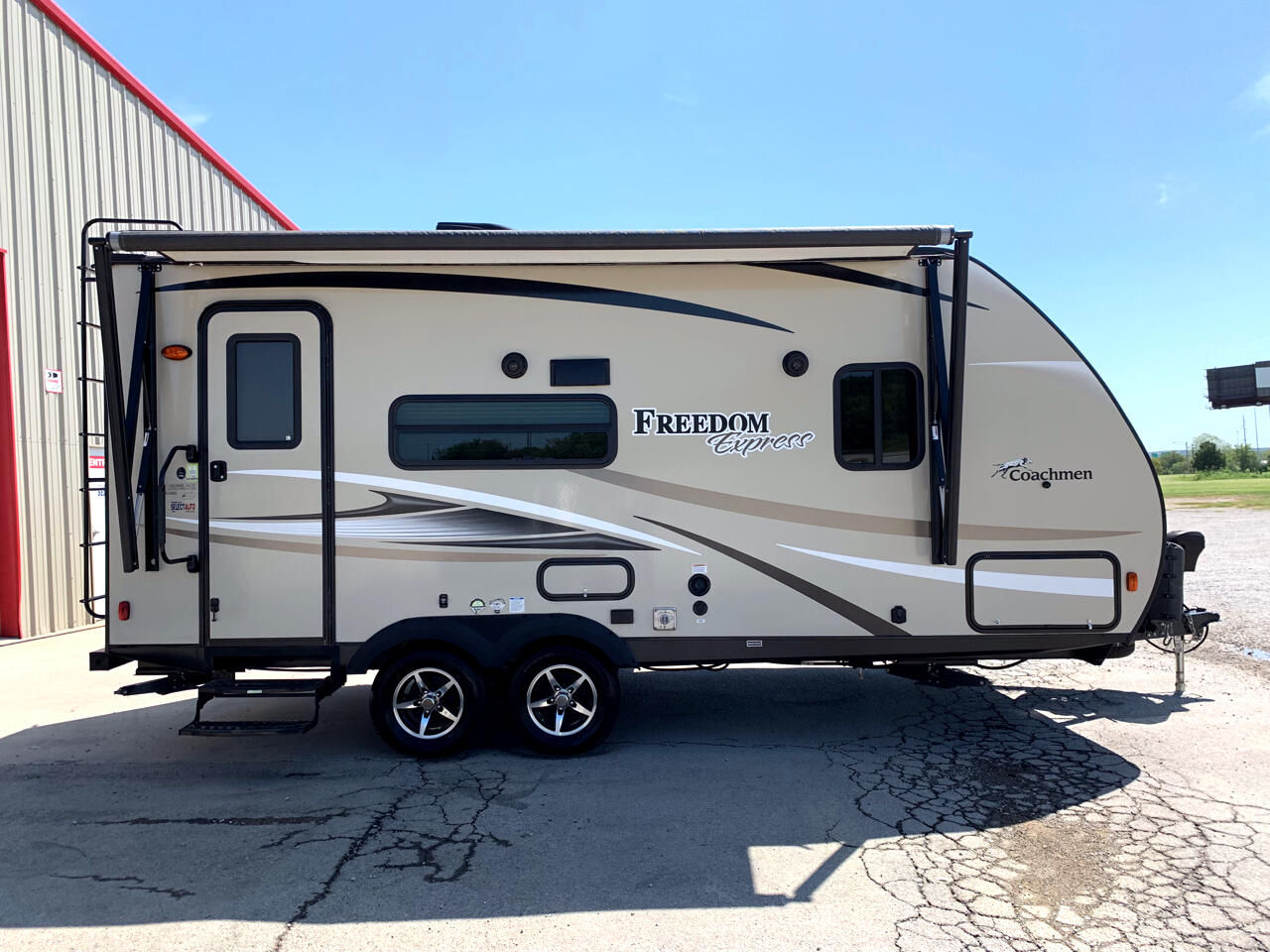 2018 Coachmen Freedom Express 192RBS Travel Trailer