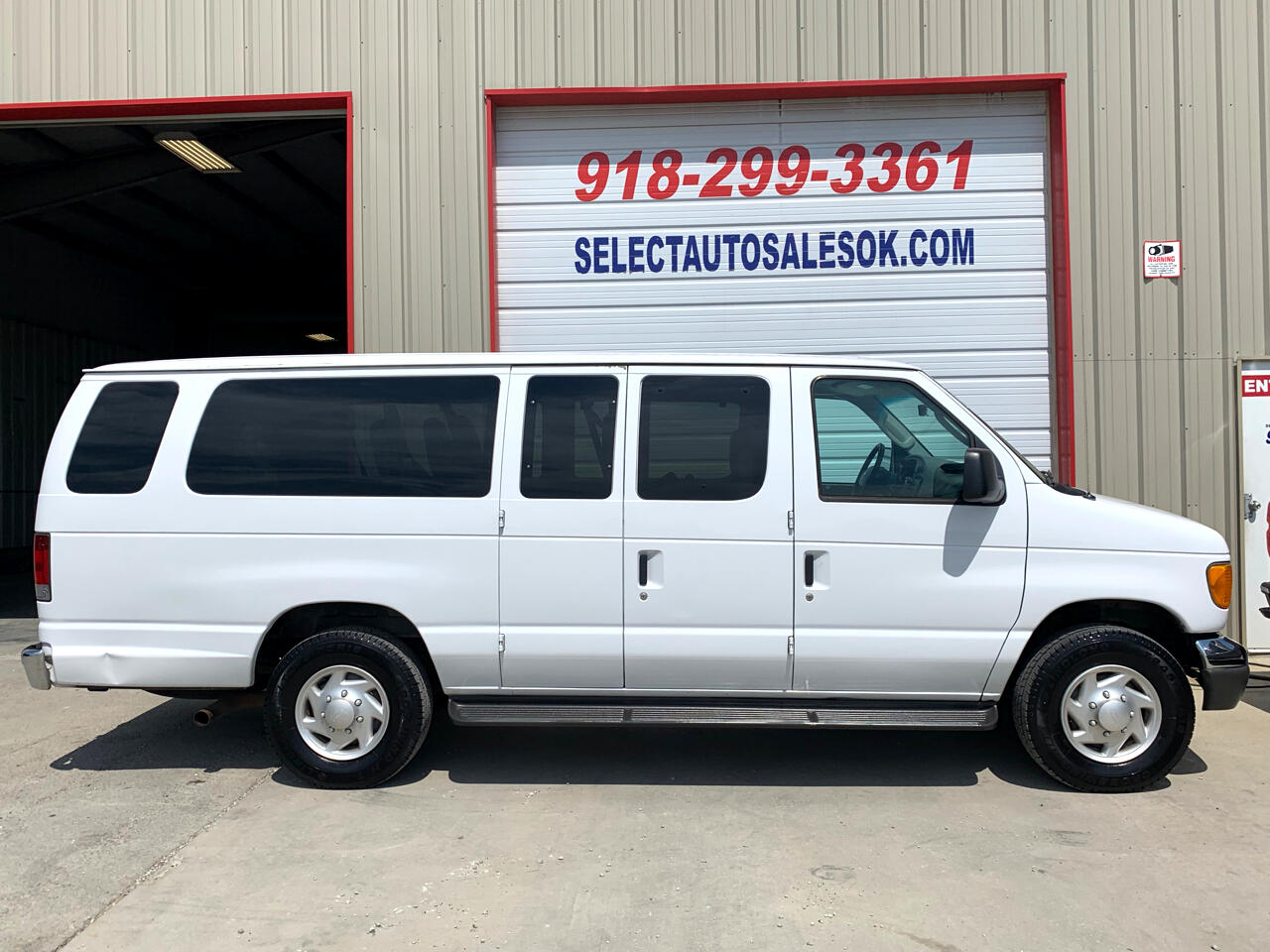 2005 Ford Econoline Wagon E-350 Super Ext XLT