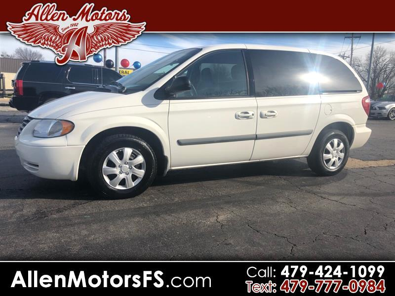 2006 Chrysler Town & Country 4dr