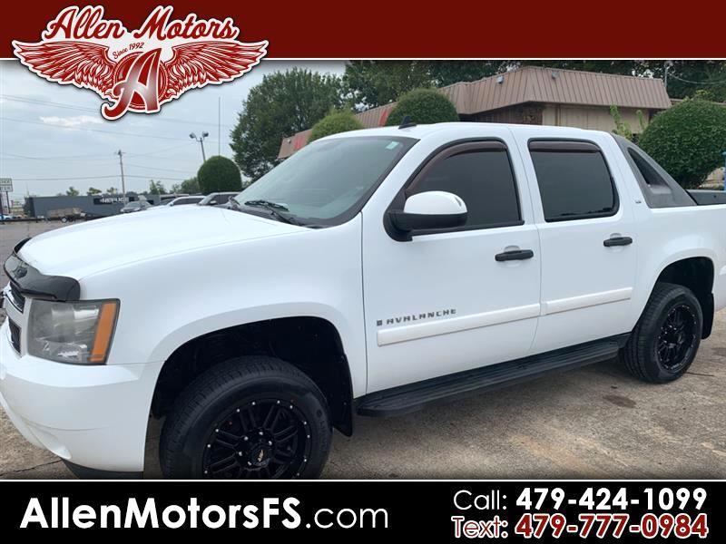 "2008 Chevrolet Avalanche 2WD Crew Cab 130"" LS"