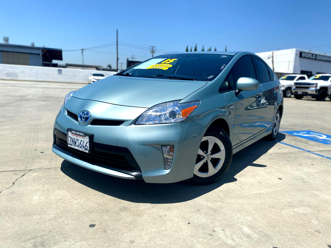 Toyota Prius 5dr HB Persona Series Special Edition (Natl) 2015