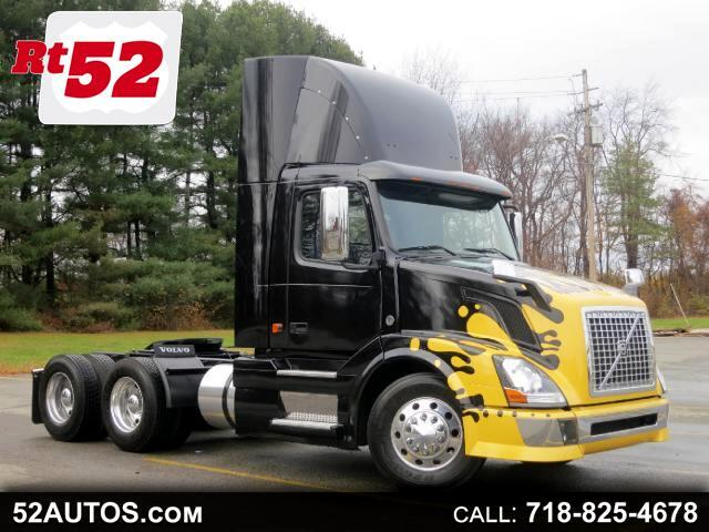 2007 Volvo VNL 670 VNL64T CUMMINS ISX DAY CAB CUSTOM 10 SPEED