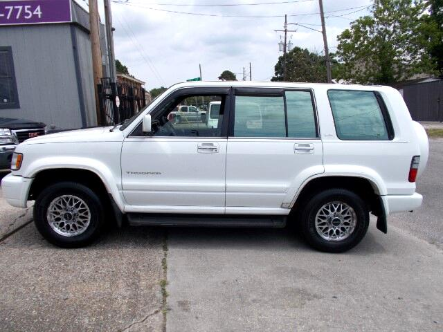 2002 Isuzu Trooper S 2WD