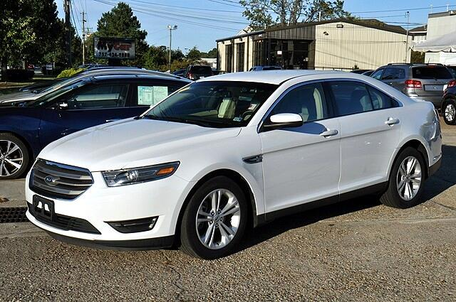 Ford Taurus SEL FWD 2016