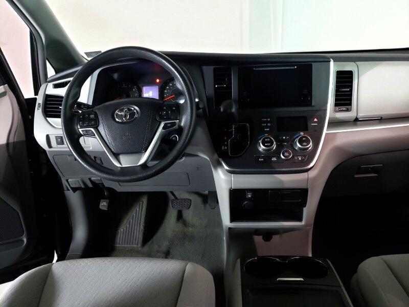2015 Toyota Sienna LE FWD 8-Passenger V6