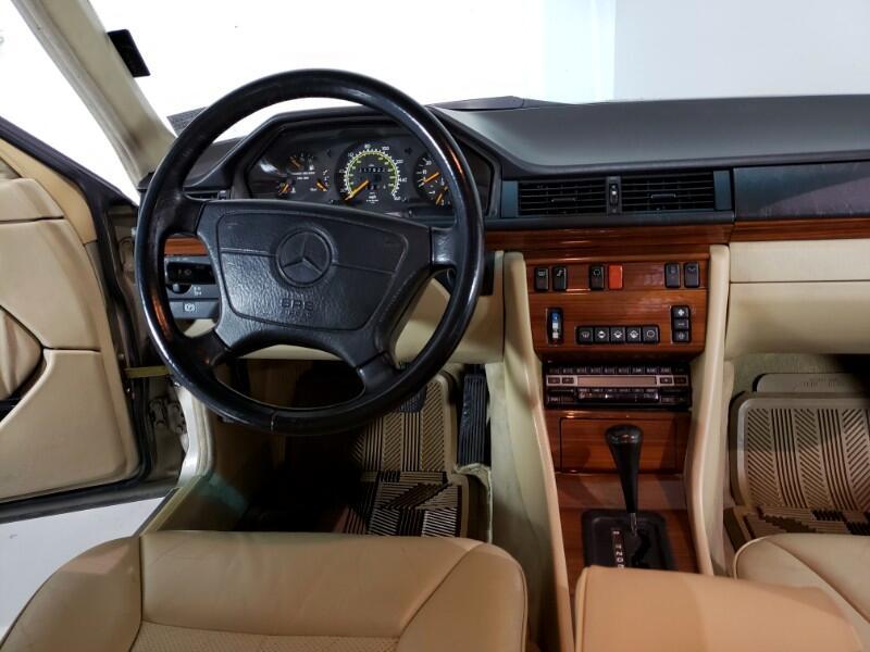 1992 Mercedes-Benz E300 E Class