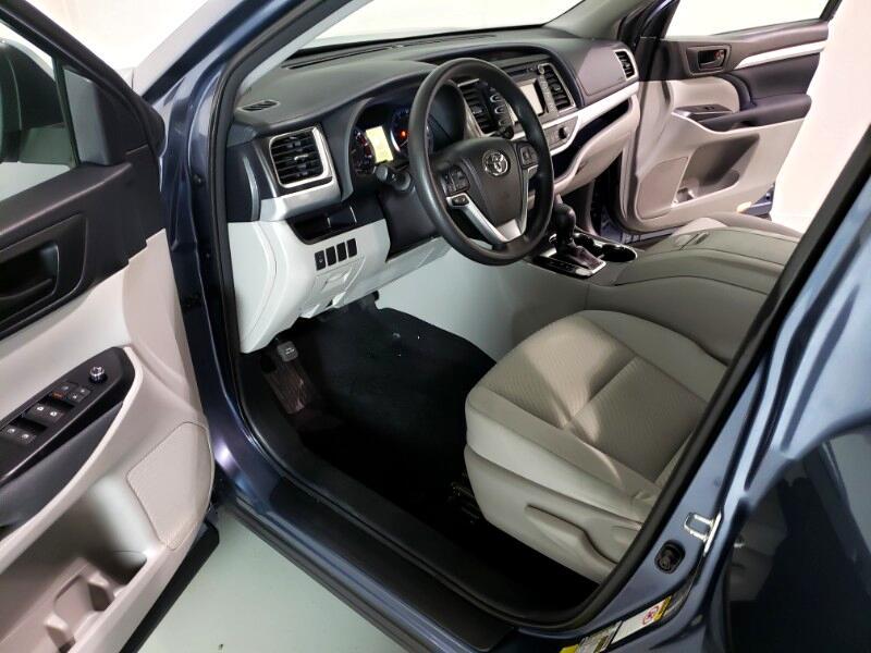 2015 Toyota Highlander LE AWD V6