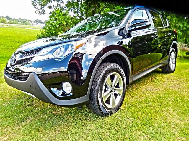 2015 Toyota RAV4 XLE FWD
