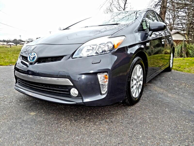 Toyota Prius Plug-In 5dr HB Advanced (Natl) 2012