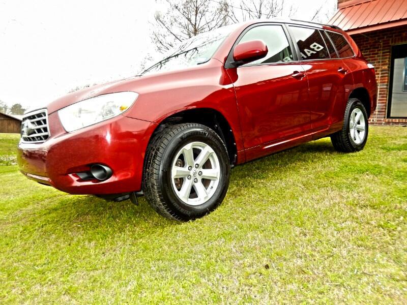 Toyota Highlander Base 2WD V6 2010