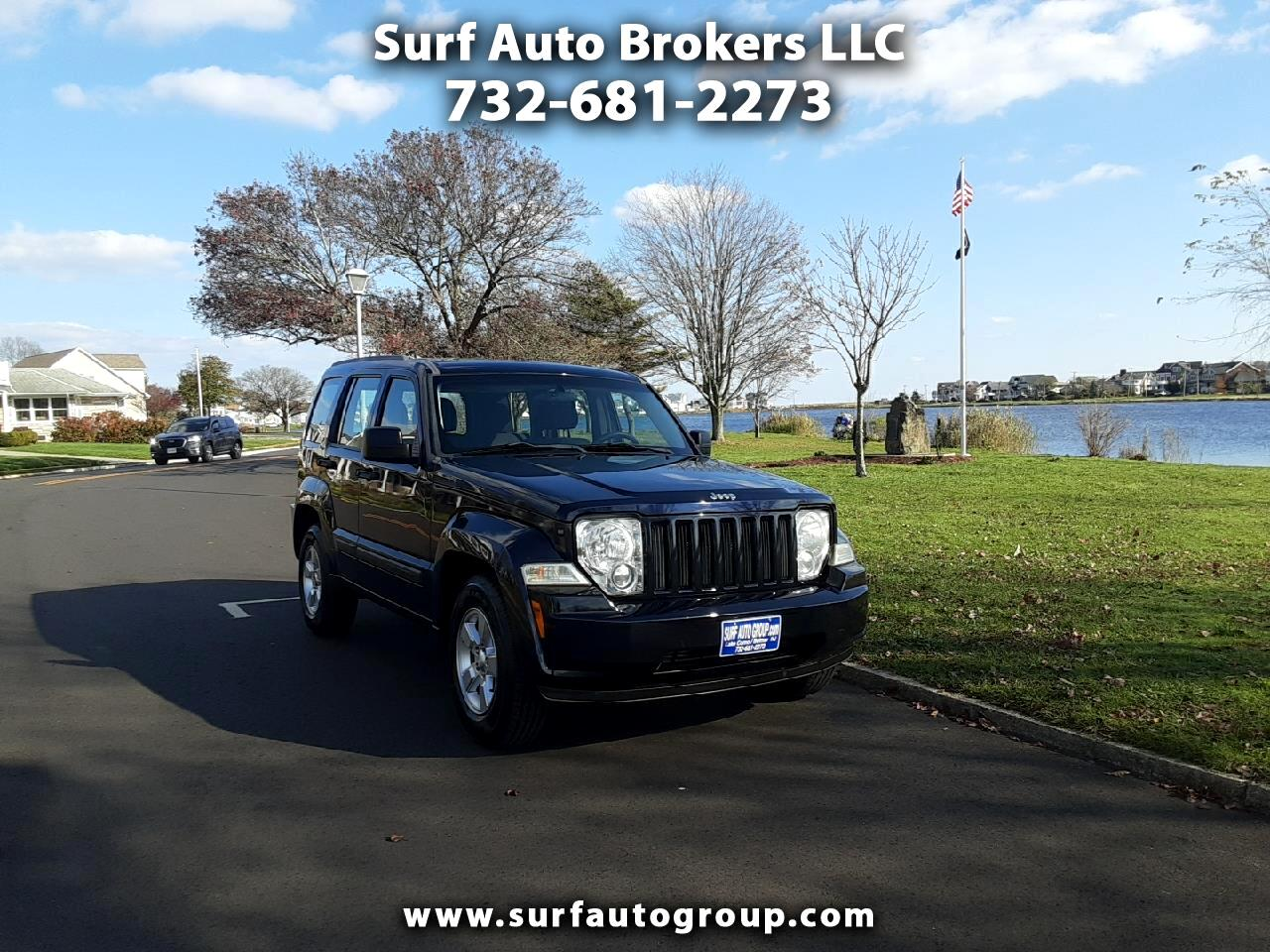 Jeep Liberty Sport 2WD 2011