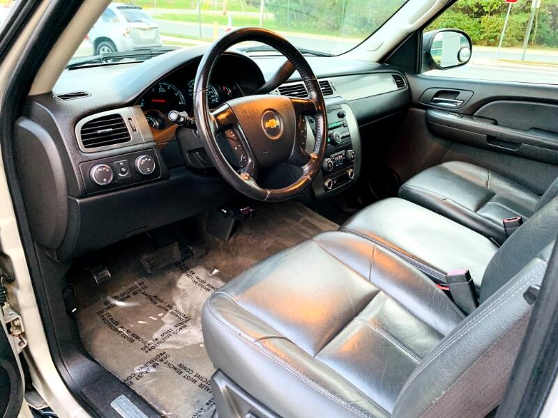 2007 Chevrolet Tahoe 4WD 8 Passenger