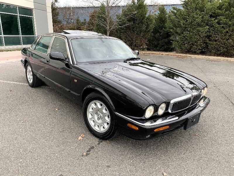 2002 Jaguar XJ-Series XJ8