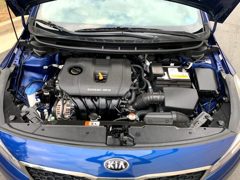 2018 Kia Forte LX 6M
