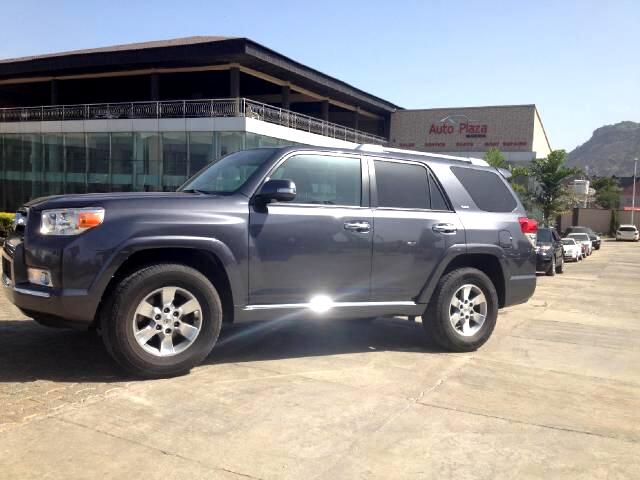 Toyota 4Runner Limited 2WD V6 2011