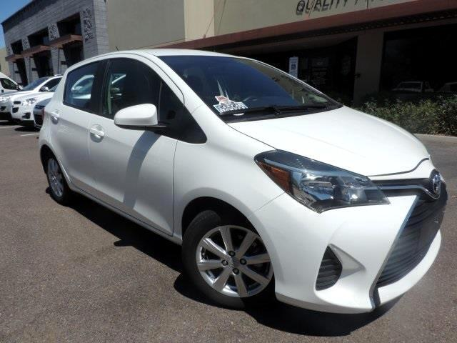 2015 Toyota Yaris L 5-Door AT