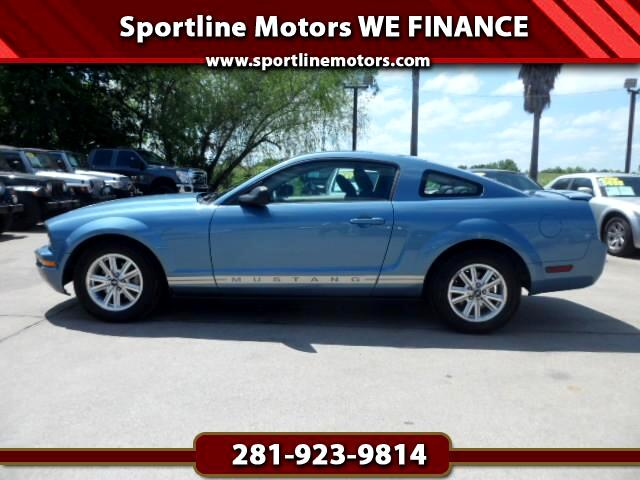 2007 Ford Mustang V6 Deluxe Coupe