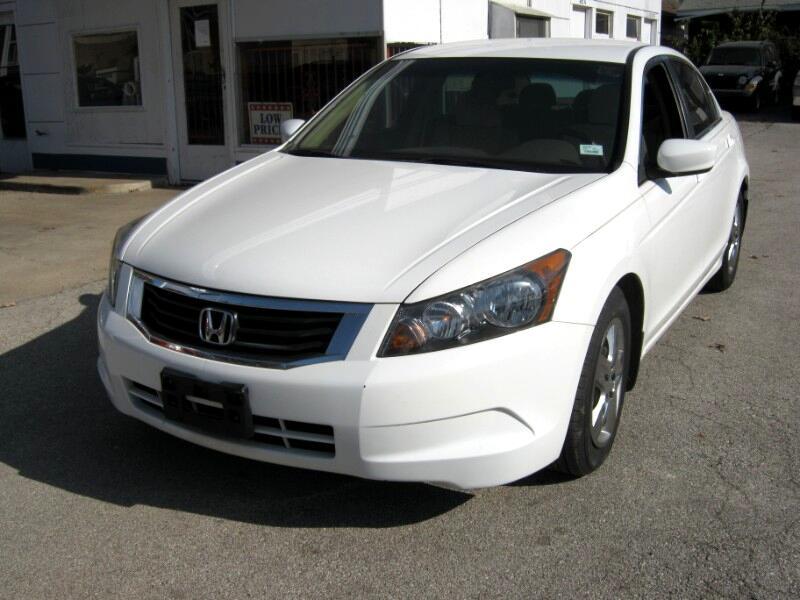 Honda Accord LX sedan AT 2010
