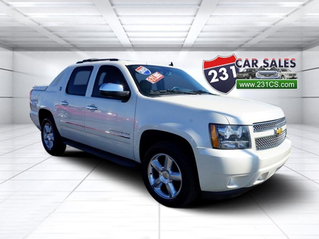2013 Chevrolet Avalanche LTZ 4WD Black Diamond