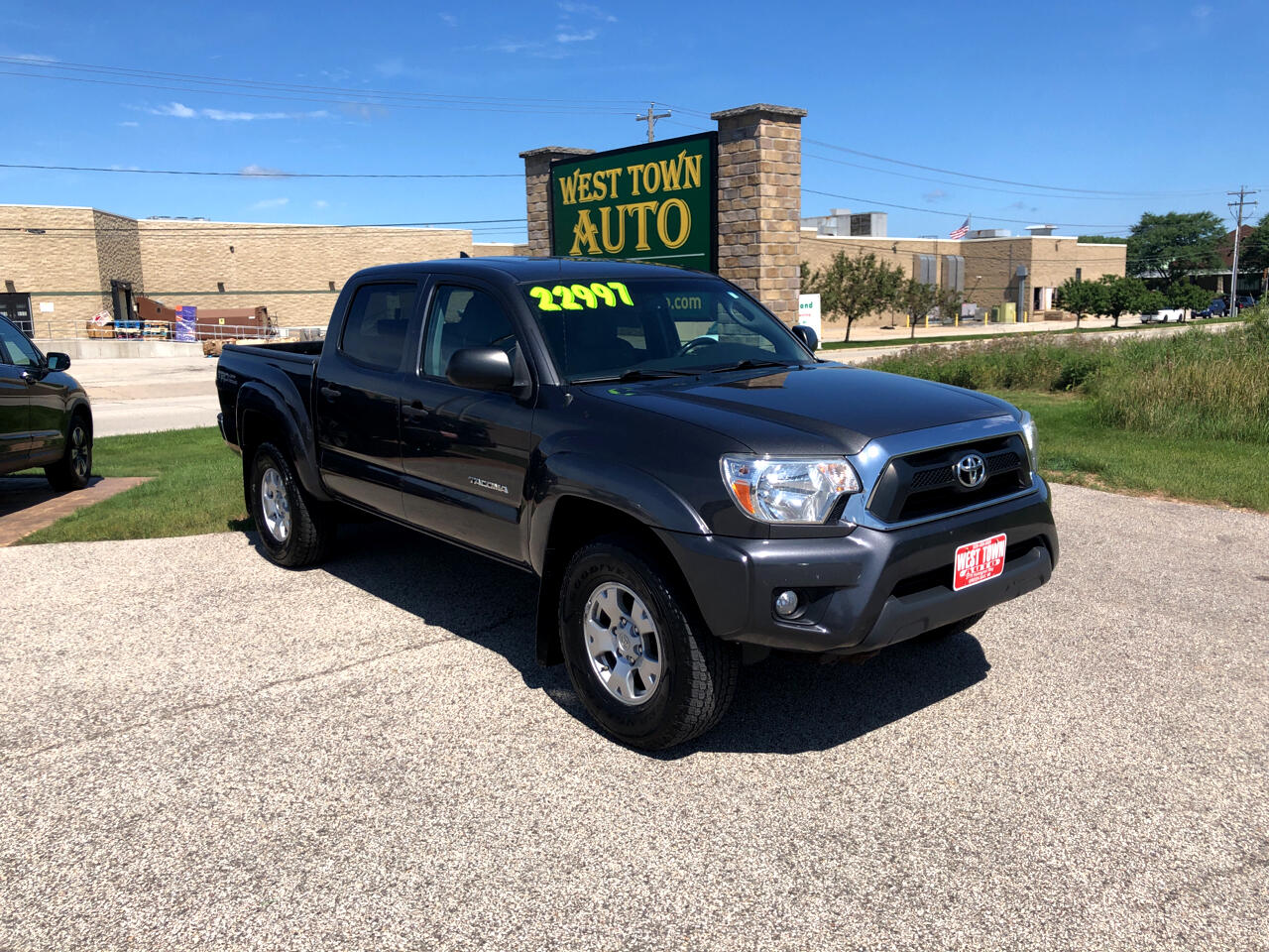Toyota Tacoma 4WD Double Cab V6 AT TRD Off Road (Natl) 2012