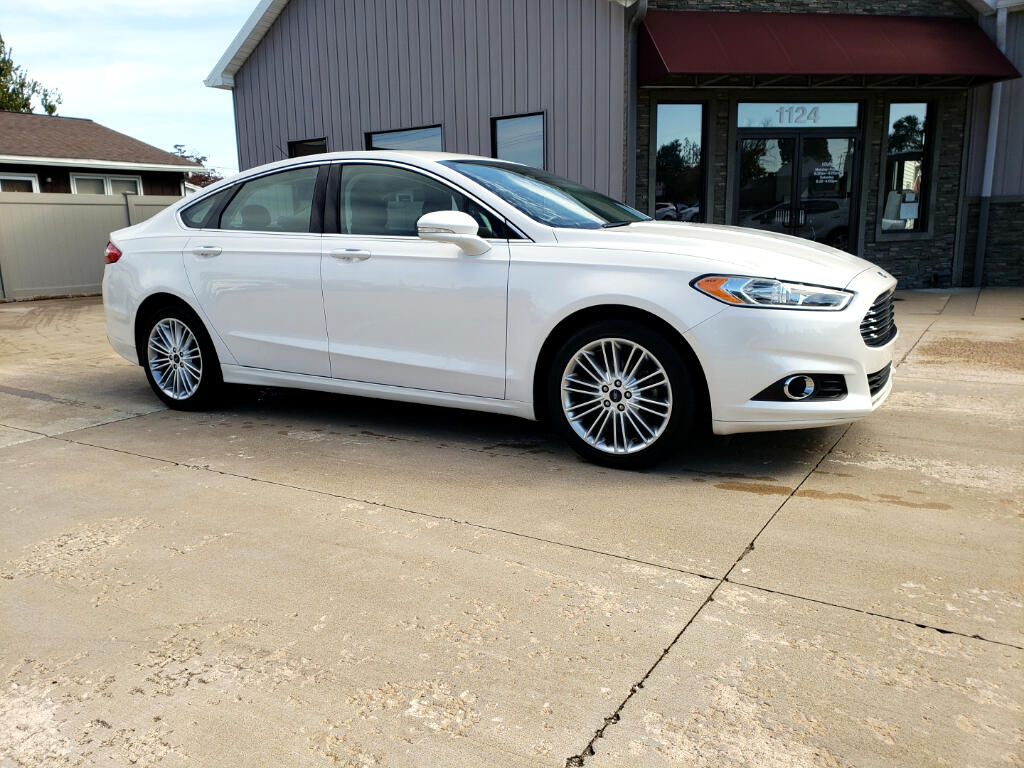 2016 Ford Fusion SE Luxury AWD