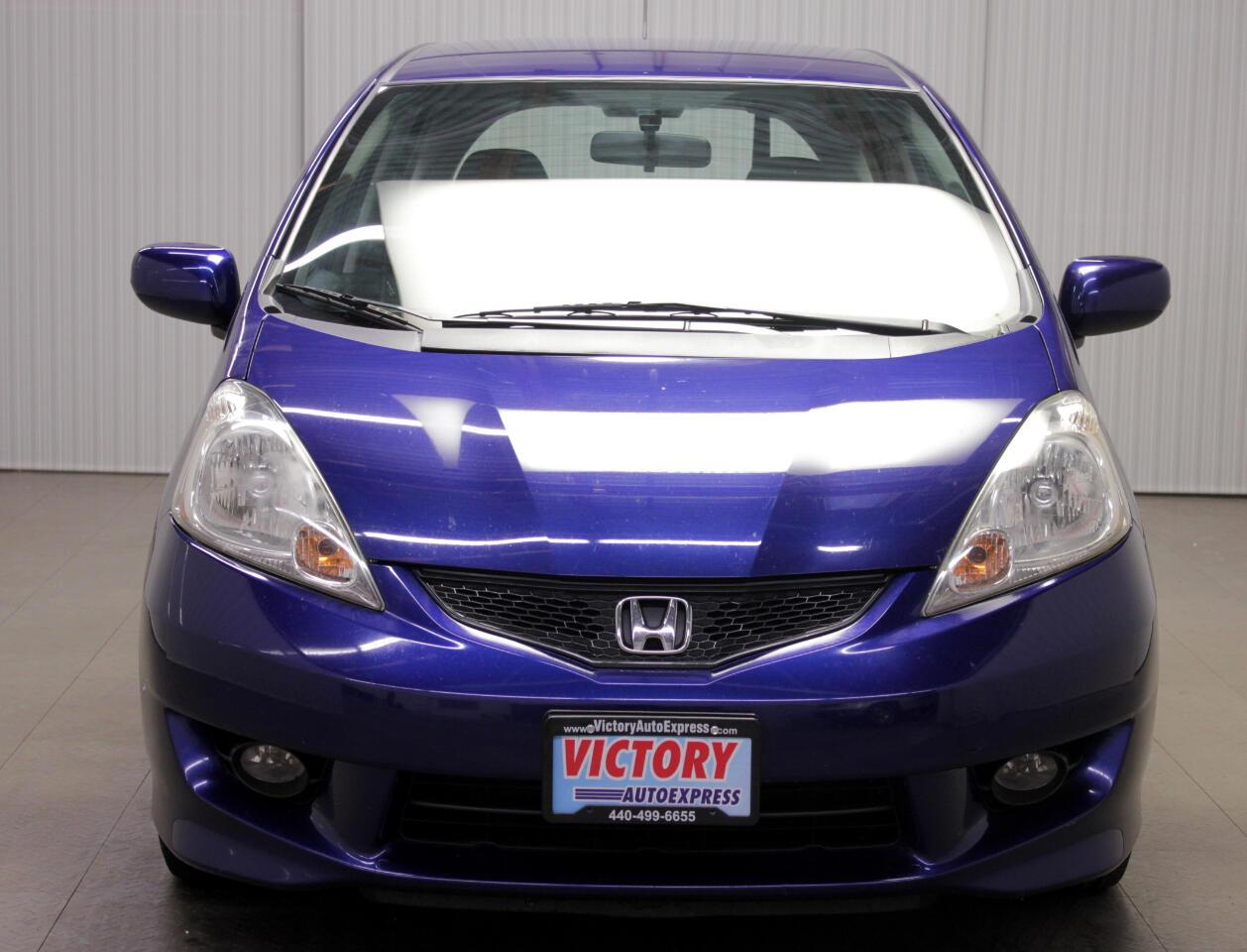 Honda Fit Sport 5-Speed AT 2011