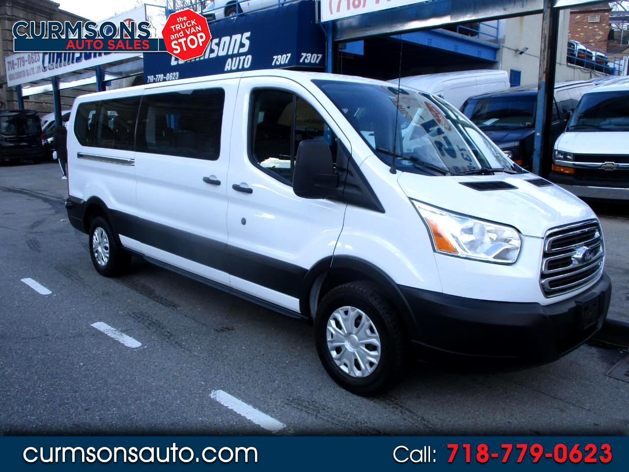 Ford Transit 350 Wagon Low Roof XLT w/Sliding Pass. 148-in. WB 2019