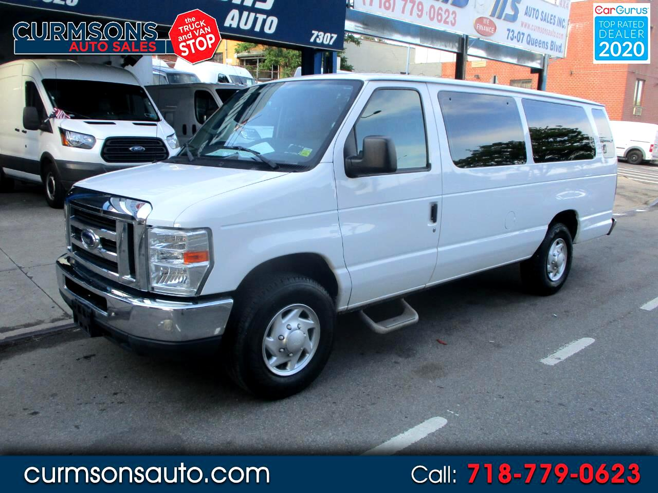 Ford Econoline Wagon E-350 Super Duty Ext XLT 2013