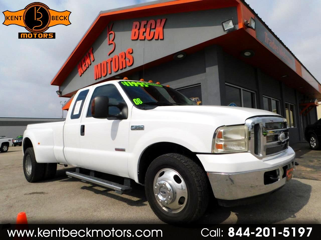 2006 Ford F-350 SD Lariat SuperCab Long Bed 2WD DRW