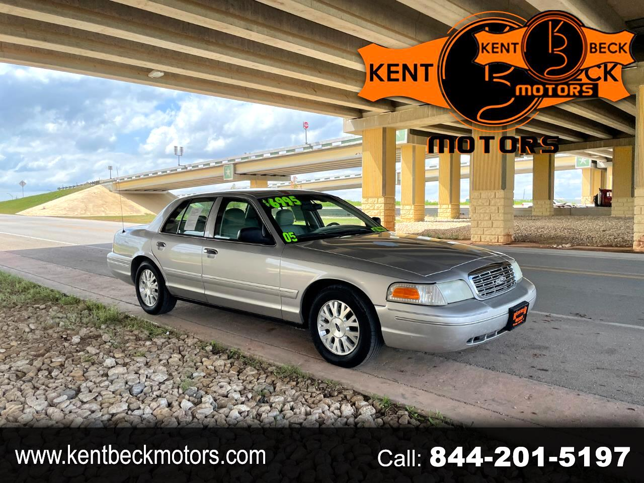 Ford Crown Victoria LX 2005