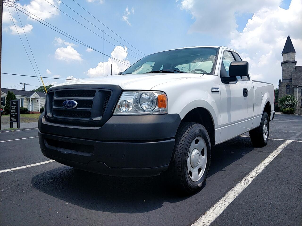 "2007 Ford F-150 Reg Cab 139"" XL"